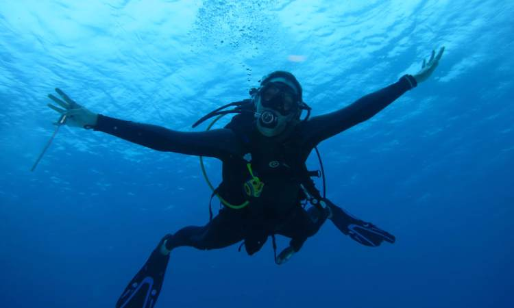 PADI ADVANCED OPEN WATER DIVER COURSE (HURGHADA)